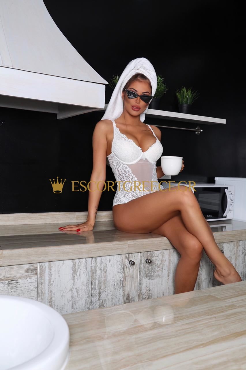 RUSSIAN ESCORT TOURS KIRA
