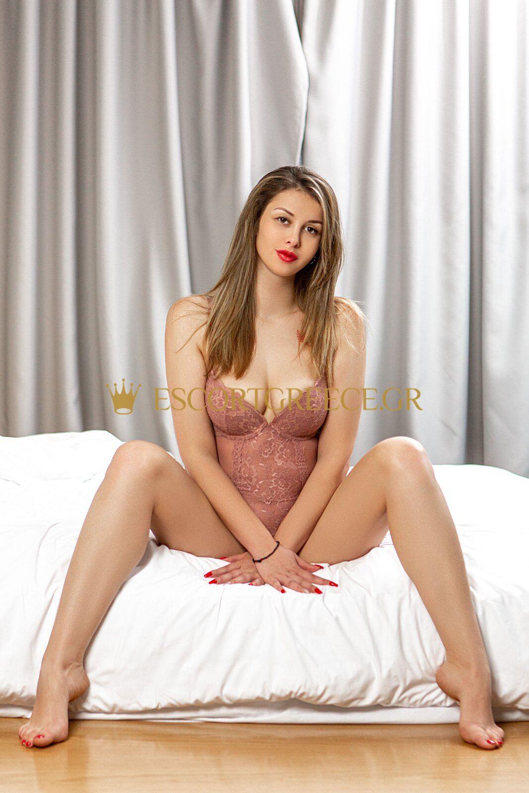 RUSSIAN SEXY ESCORT DIMITRA