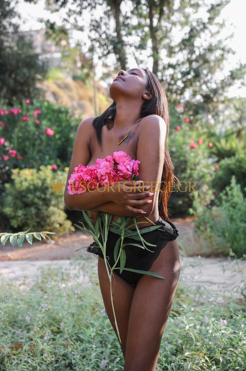 SEXY TEEN SPANISH VIP ESCORT CAMILLA